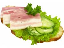 Бутерброд с грудинкой